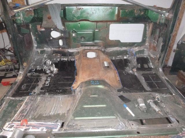 76 Dodge floor 1.jpg
