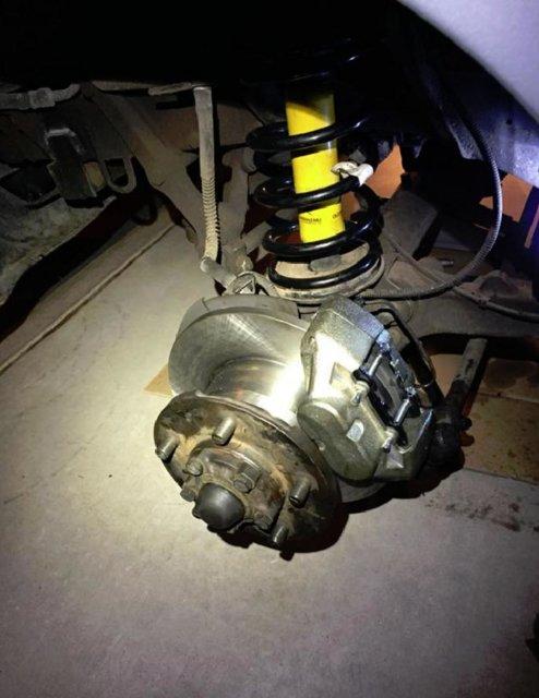 96 Front brake job.JPG