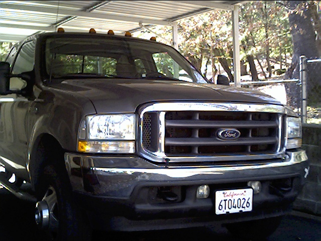Budnicks 2002 F350 4x4 dually #1.JPG